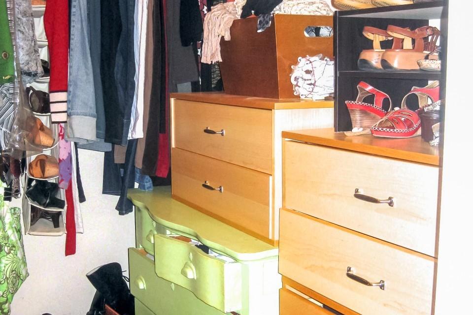 Closet-Before_IMG_0031