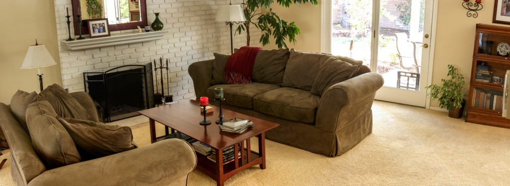 2014 06 08 Cyndy Living Room Pano 0001